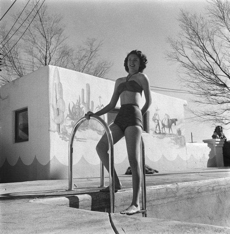 bikini 15 К годовщине появления бикини