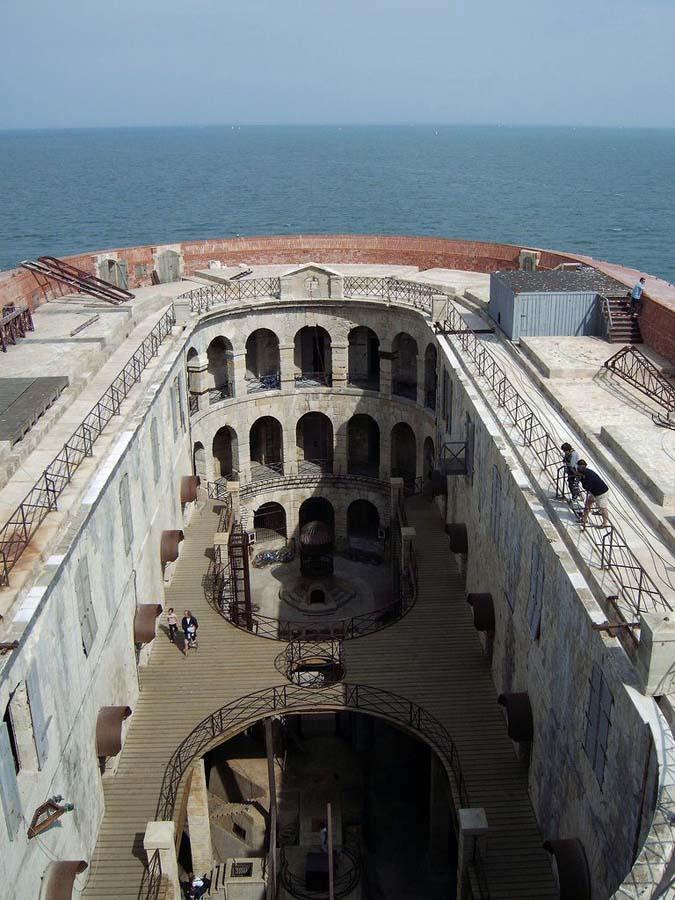 요새 10월 17일 가장 아름다운 바다 요새