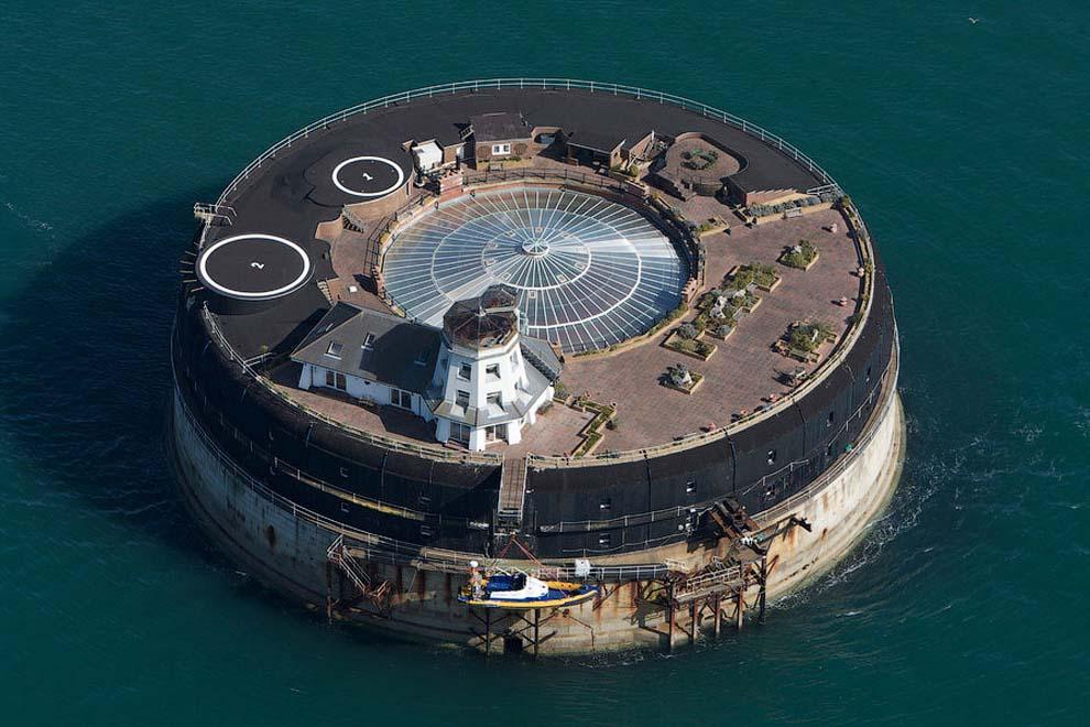 요새 5월 10일에서 가장 인상적인 바다의 요새