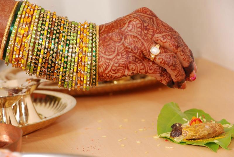 mendi 10 Индия и Индонезия: Кружева, нарисованные хной
