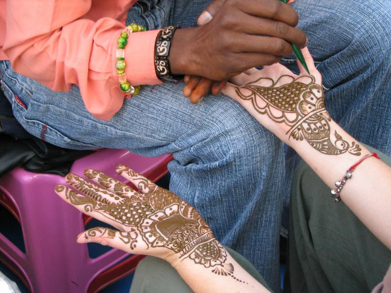 mendi 7 Индия и Индонезия: Кружева, нарисованные хной