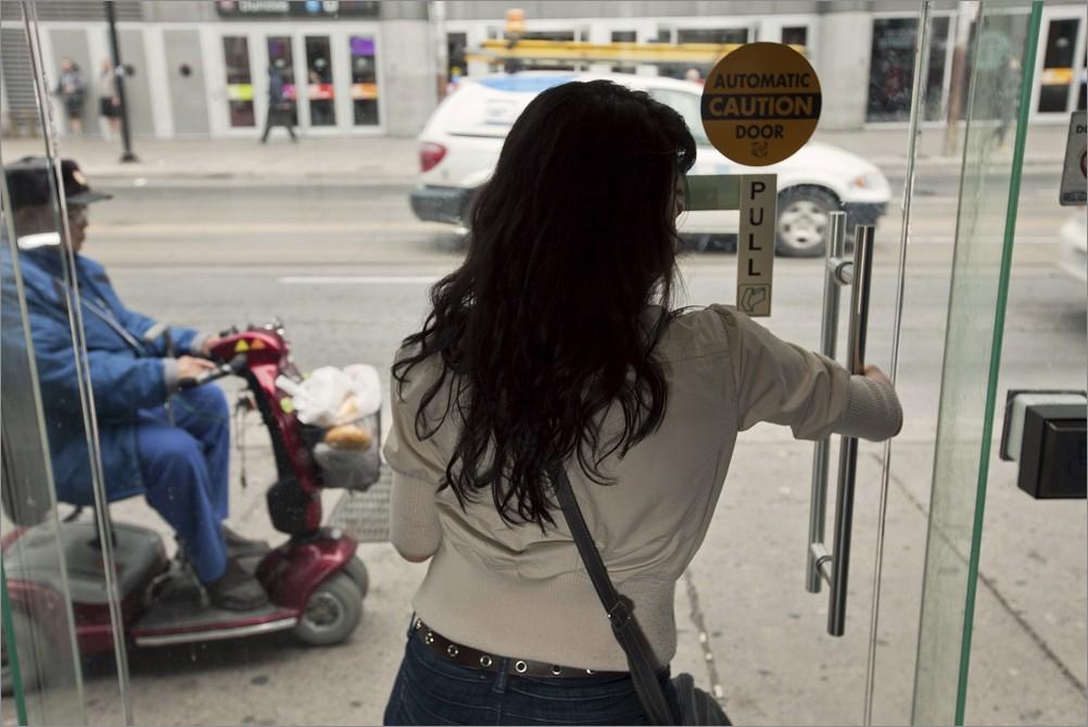 девушка инвалид колясочник познакомиться