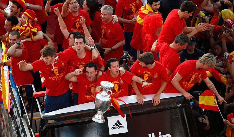 roja12 Триумф сборной Испании в Мадриде