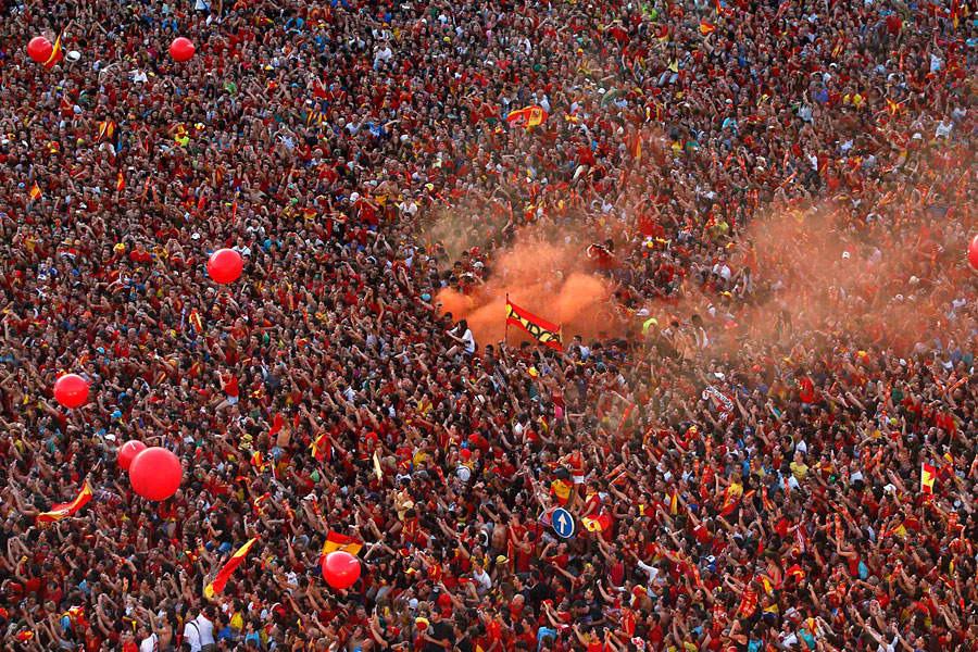 roja14 Триумф сборной Испании в Мадриде