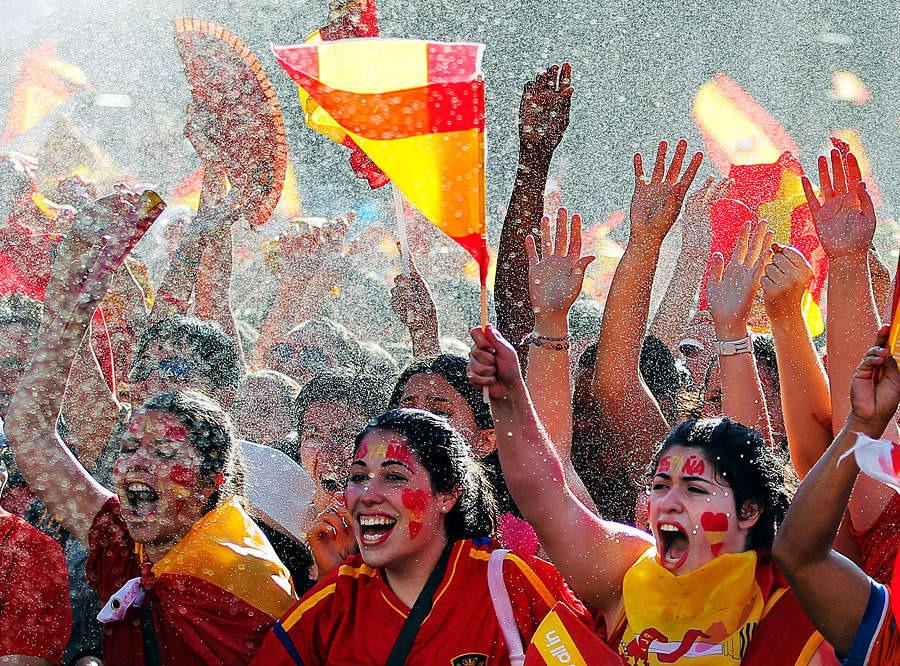roja16 Триумф сборной Испании в Мадриде