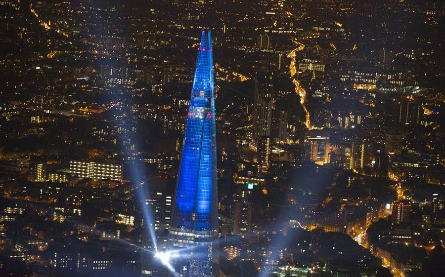 shard lightshow 03 Официальное открытие самого высокого небоскрёба Европы The Shard