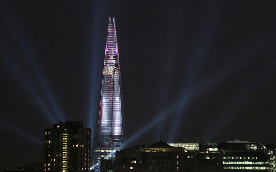 shard lightshow 05 Официальное открытие самого высокого небоскрёба Европы The Shard