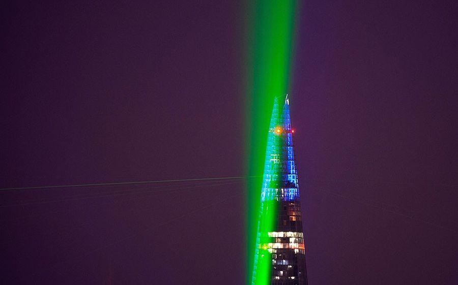 shard lightshow 08 Официальное открытие самого высокого небоскрёба Европы The Shard
