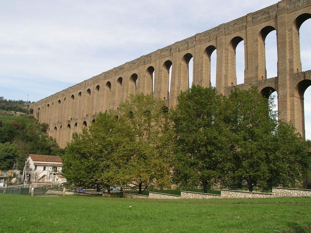 1251 5 самых захватывающих акведуков