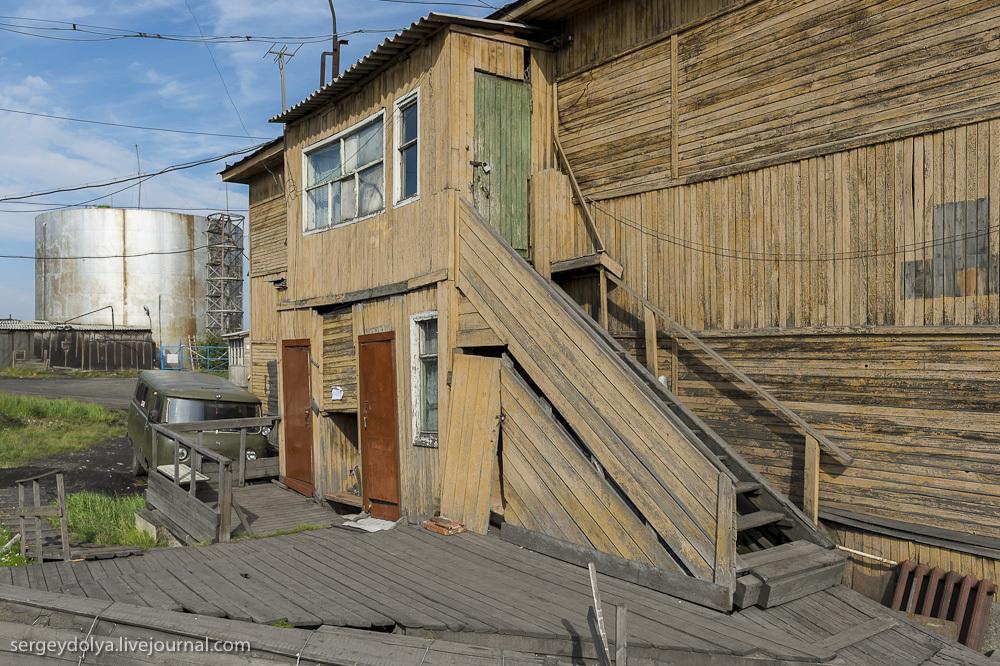 1565 Сплав по реке Котуйкан: Поселок Хатанга