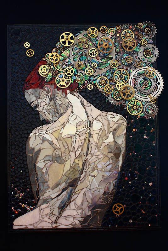 2105 Невероятные мозаики из ключей, деталей часов и других механизмов
