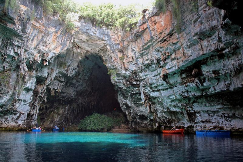 2154 Пещера Мелиссани