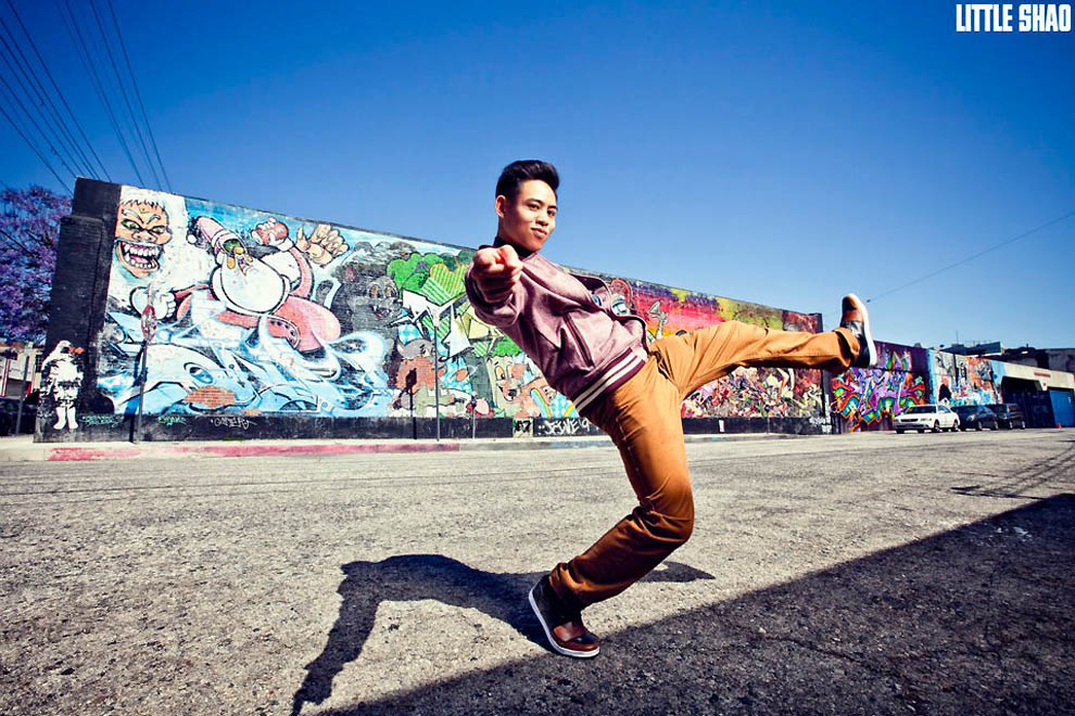 2318 Танцоры и танцовщицы в фотографиях Little Shao