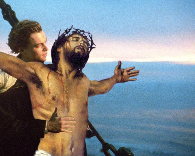 26Jesus On The Titanic Фотопроект «Иисус повсюду»