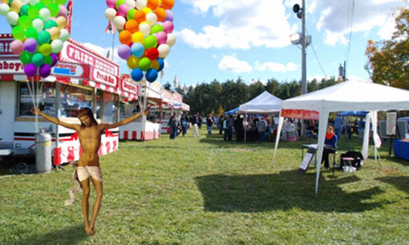 36Jesus Selling Balloons Фотопроект «Иисус повсюду»