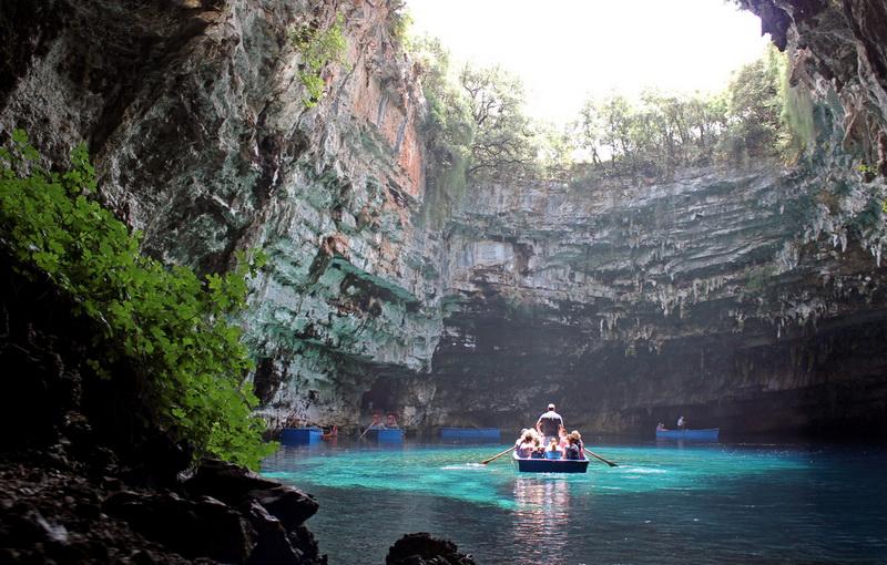 490 Пещера Мелиссани
