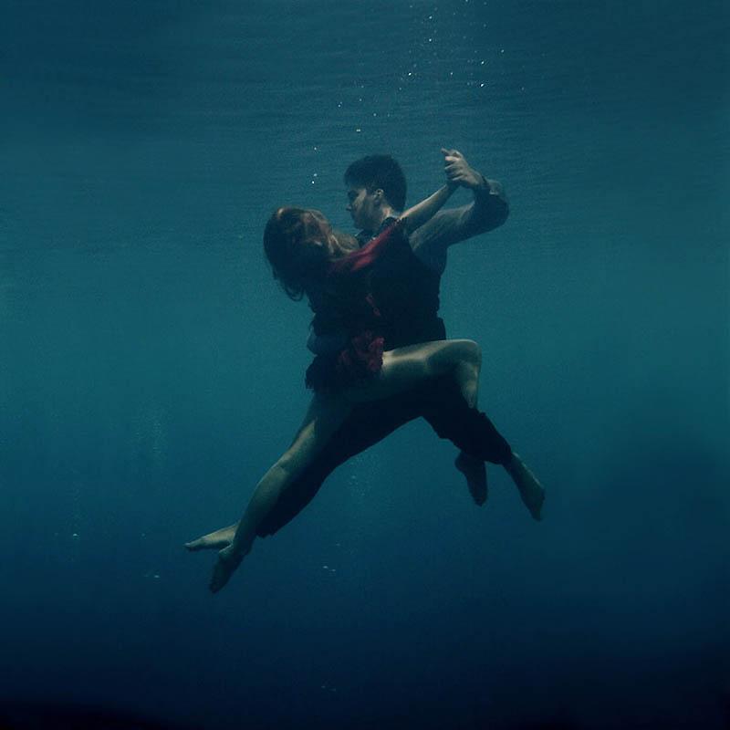 657 Танго под водой