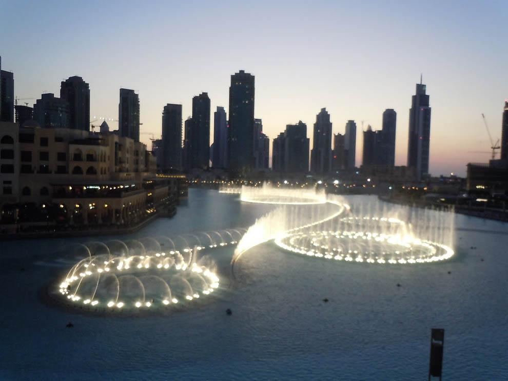 673 Dubai Fountain