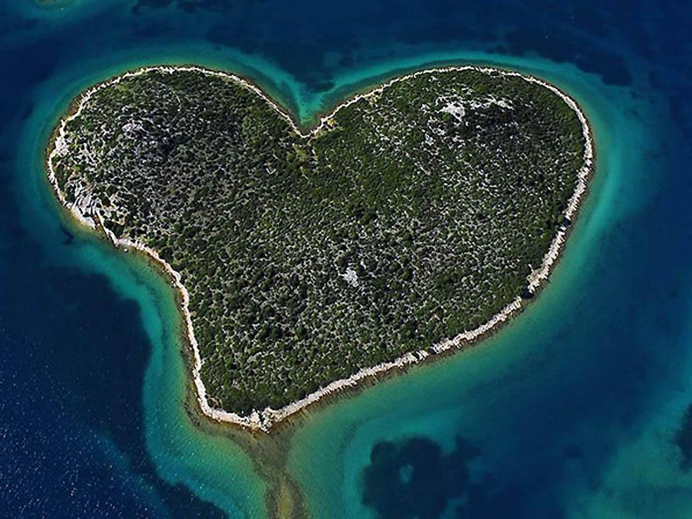 7 10 самых красивых природных сердец на Земле
