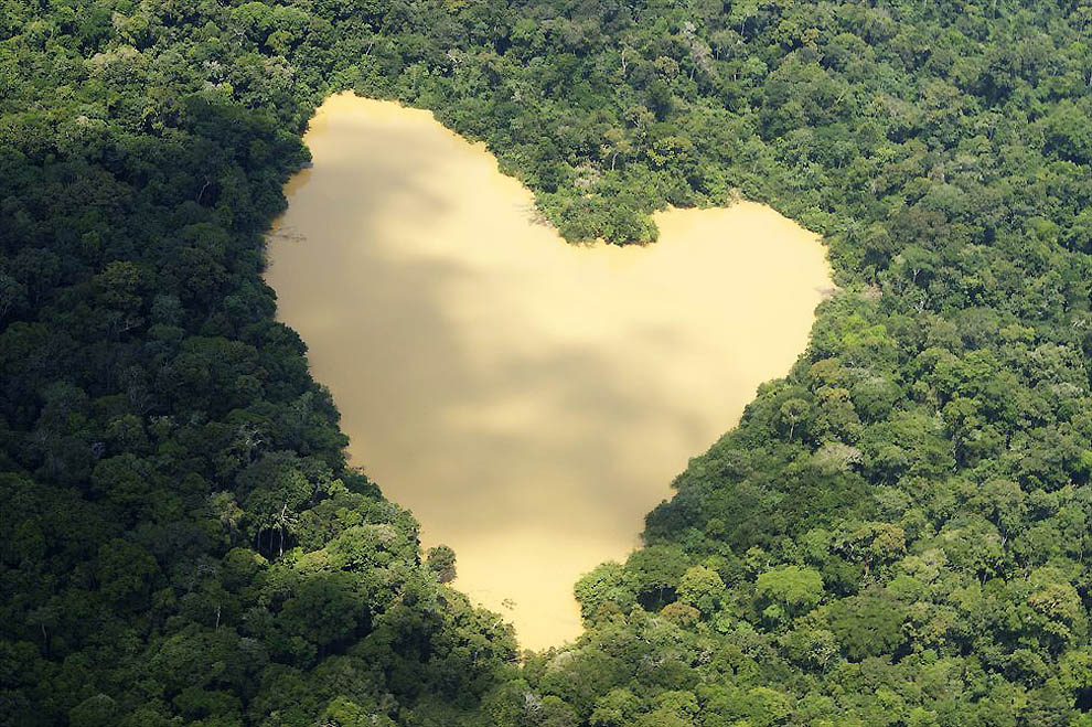 8 10 самых красивых природных сердец на Земле