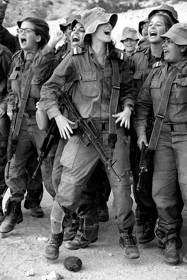 814 Прекрасная половина израильской армии