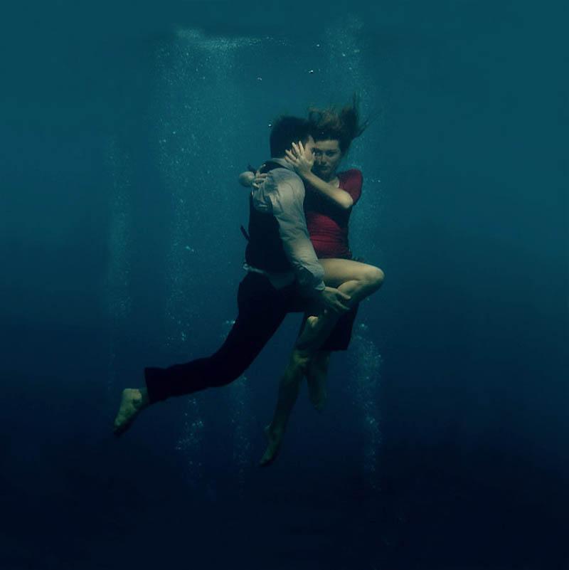 852 Танго под водой