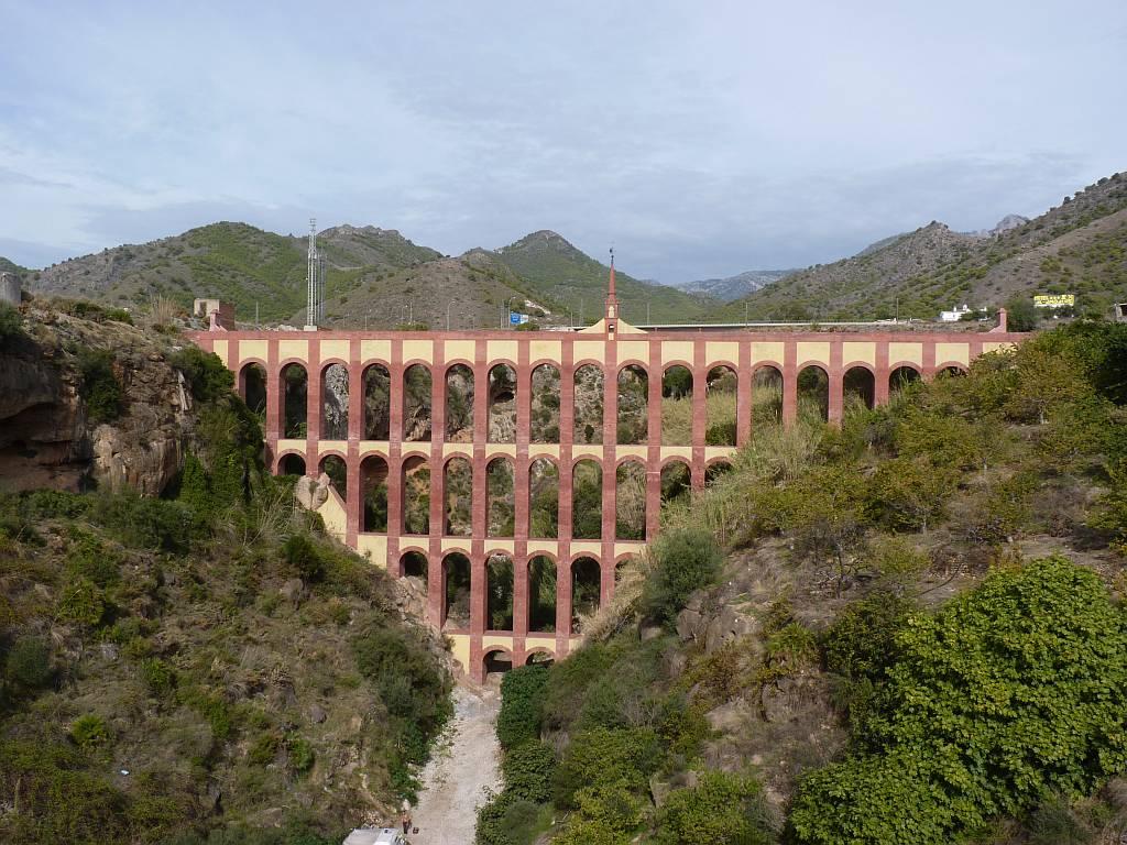 867 5 самых захватывающих акведуков