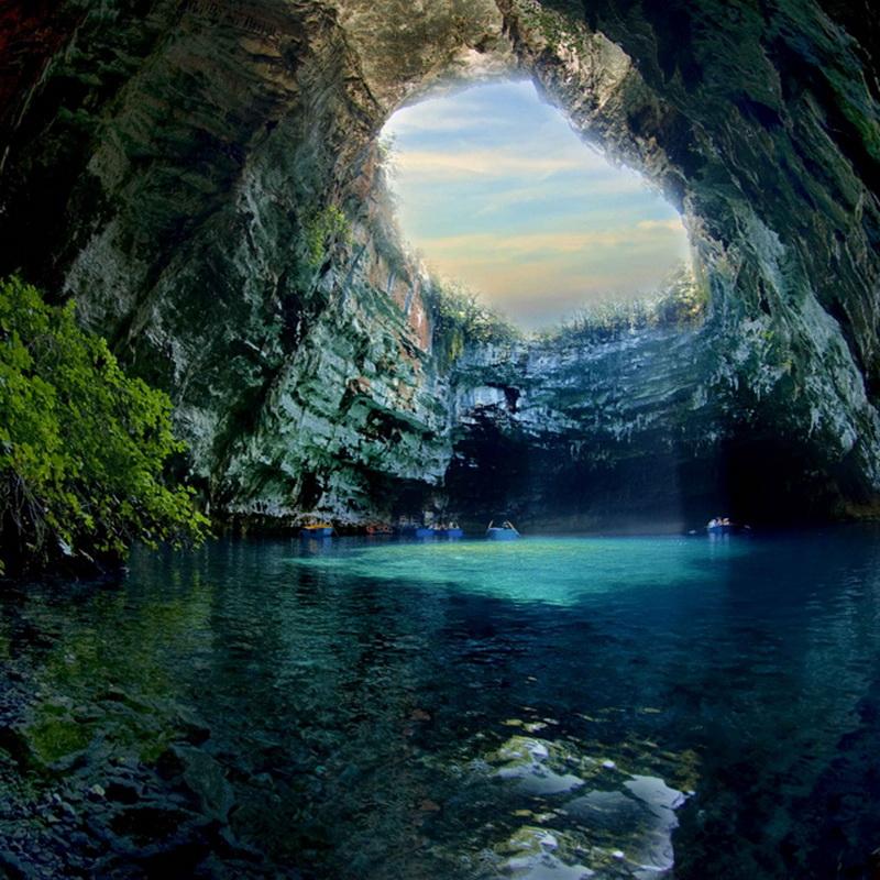 871 Пещера Мелиссани