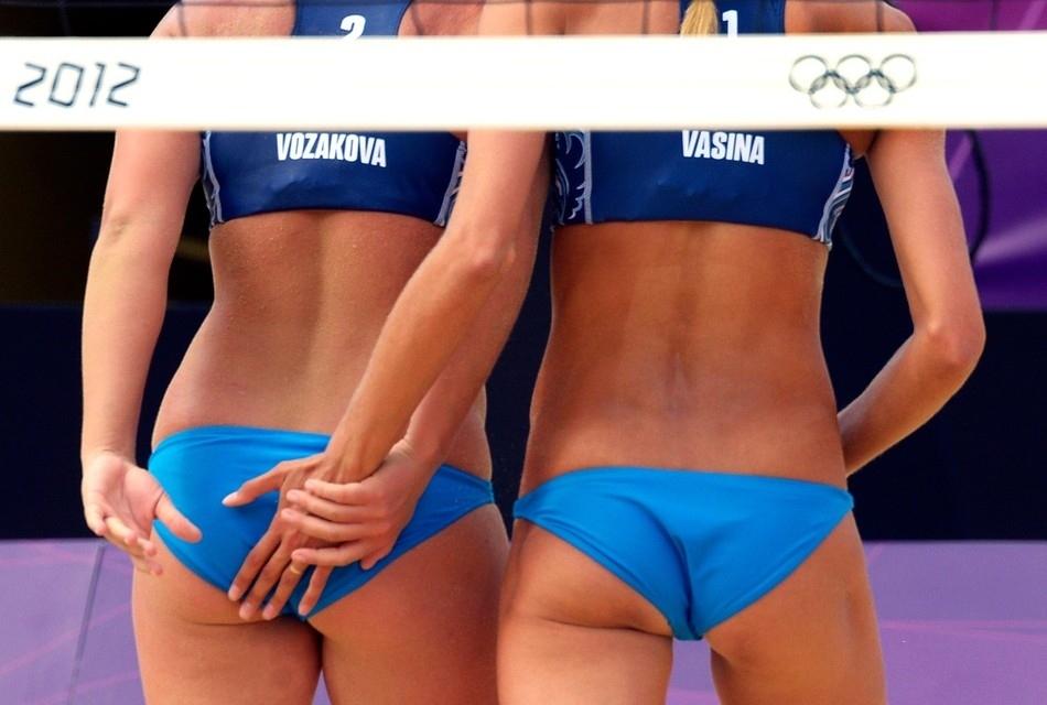 933 Ох уж этот пляжный волейбол