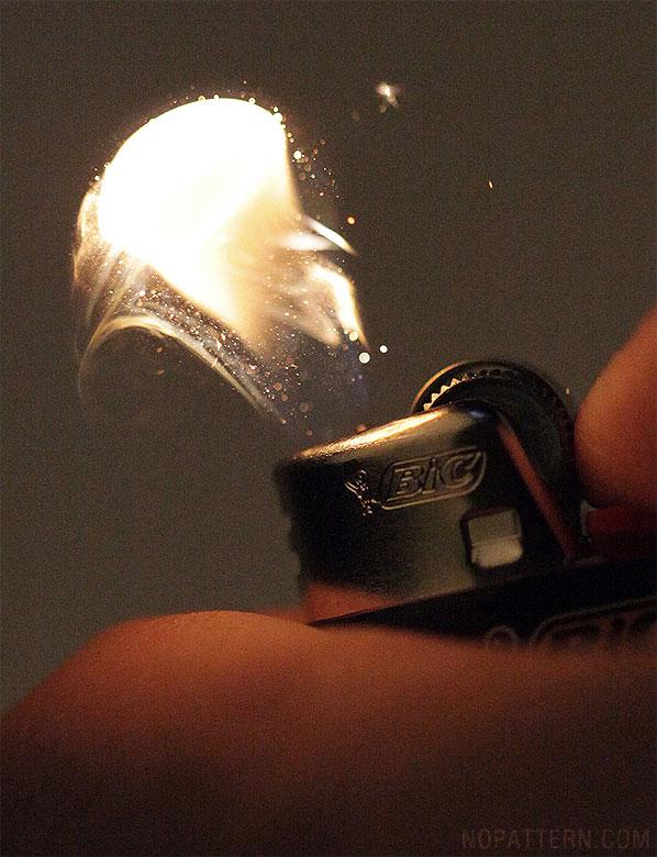 Lighter 3 Зажигалка вблизи