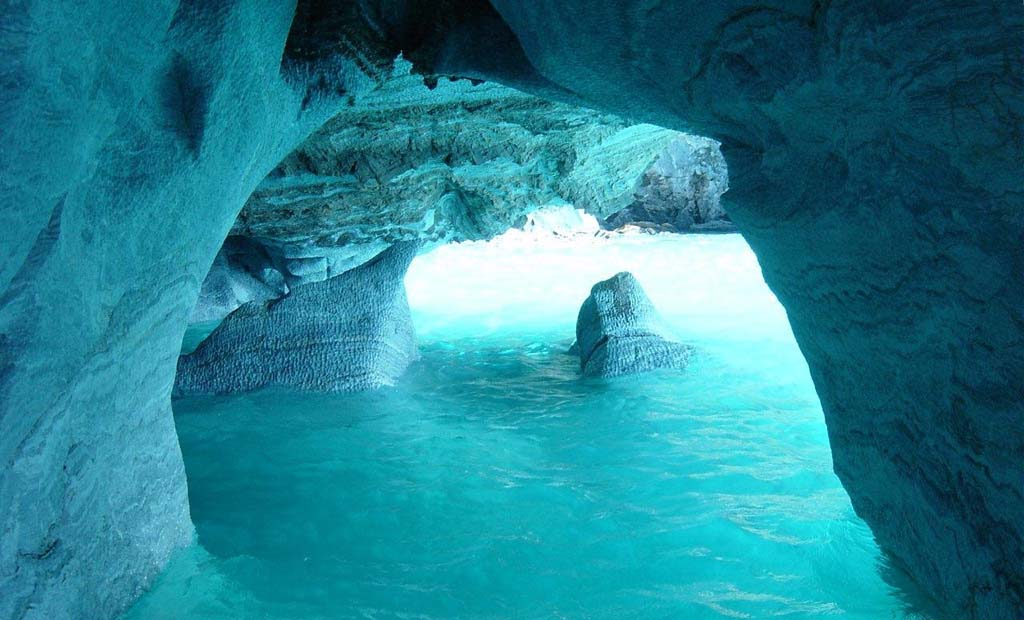 Мраморные пещеры Патагонии в Чили