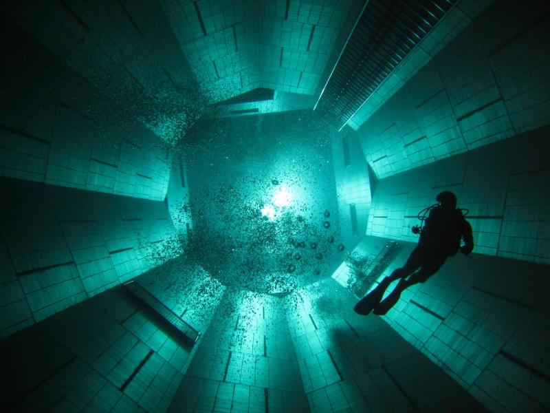 deepest 8 800x600 7 фактов о самом глубоком бассейне в мире