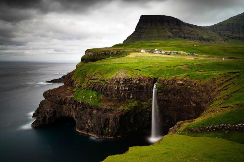 fairy 9 800x532 Сказочные деревни Фарерских островов