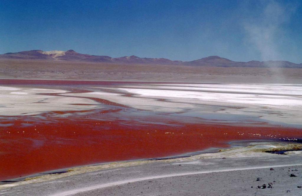 lake02 5 озер с водой удивительных оттенков