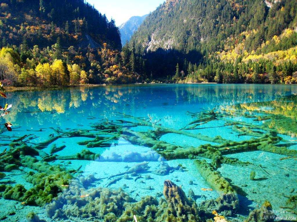lake08 5 озер с водой удивительных оттенков