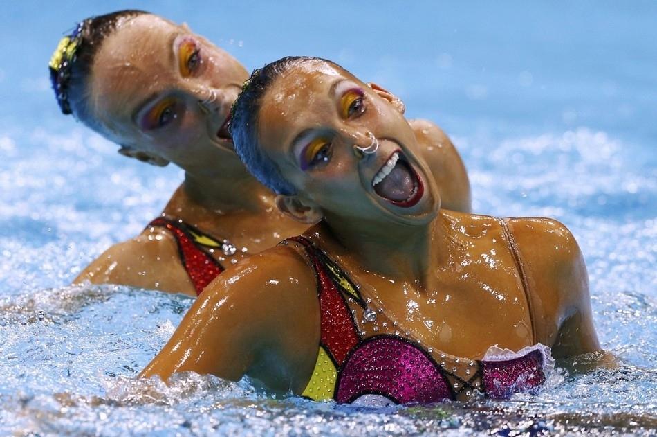 synchrone 12 Лица синхронного плавания