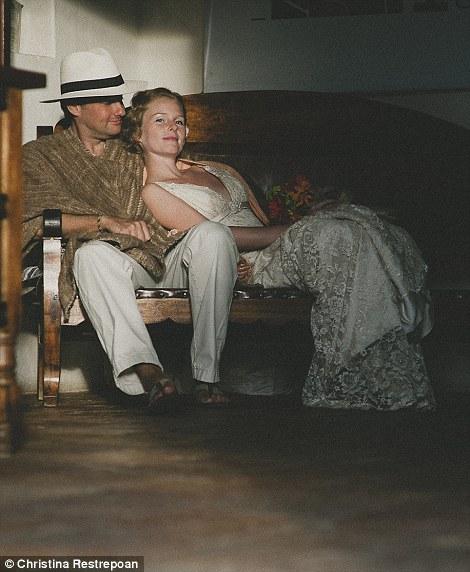 weddings 18 Счастливая пара отпраздновала 22 свадьбы