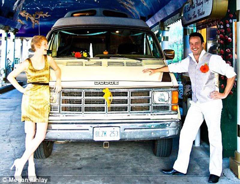 weddings 9 Счастливая пара отпраздновала 22 свадьбы