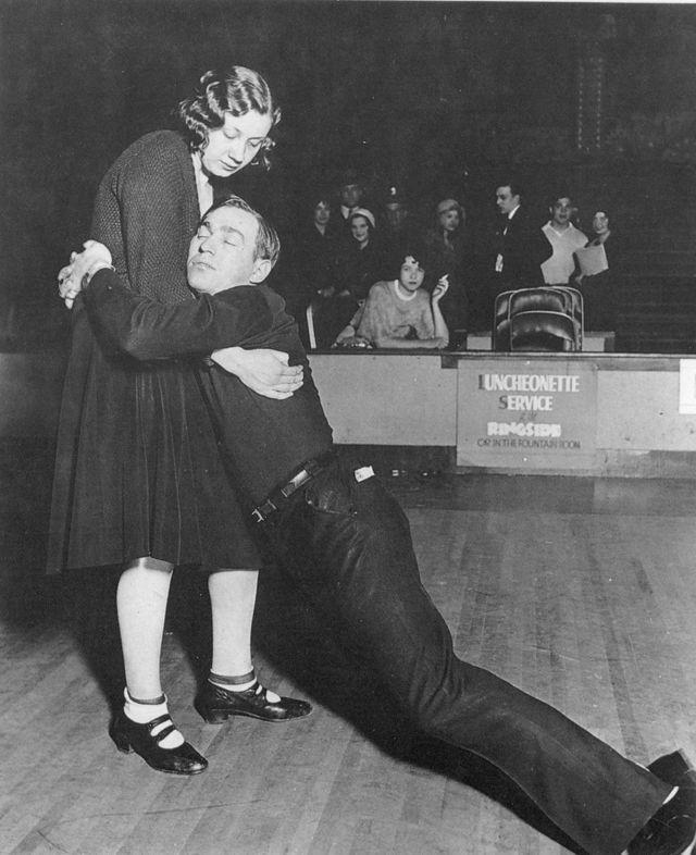 Танцы до упаду на танцевальных марафонах 1920 30 х годов