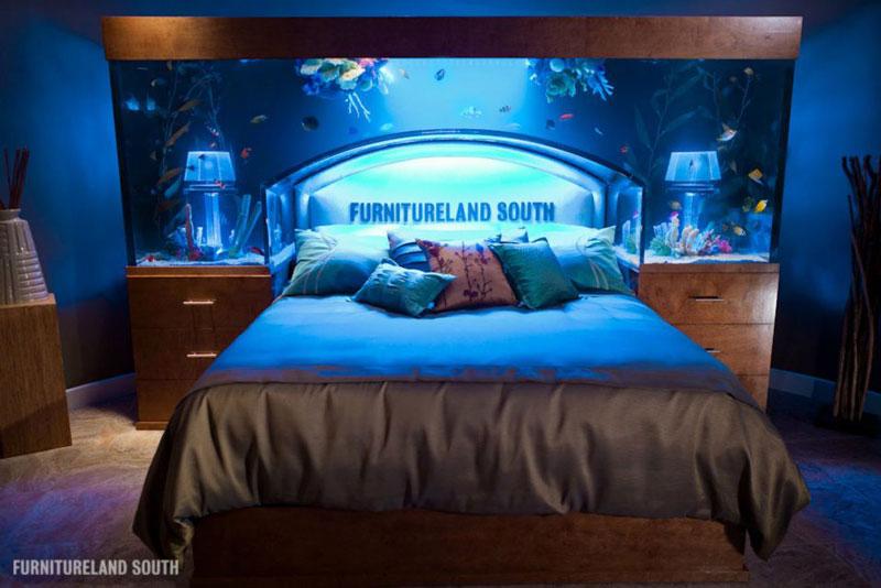 629 Аквариум у изголовья кровати