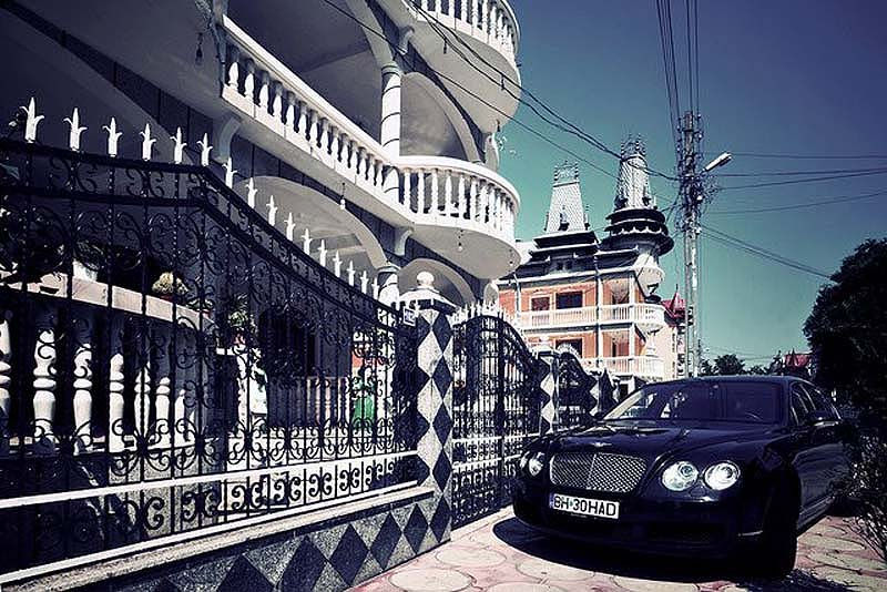 Byzesku 20 Бузеску – столица цыган миллионеров