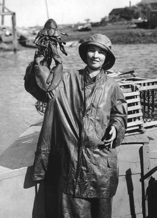 http://bigpicture.ru/wp-content/uploads/2012/09/Fisherwomen-6.jpg