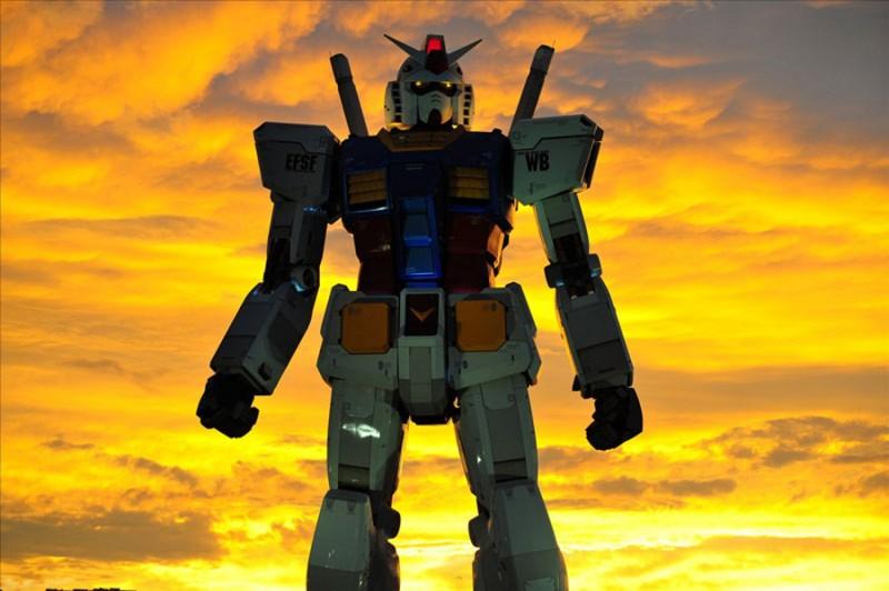 18-метровый робот Gundam в Японии