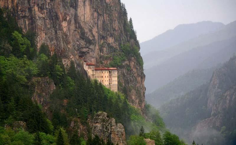 Inaccessible Monasteries 12 Самые труднодоступные монастыри в мире