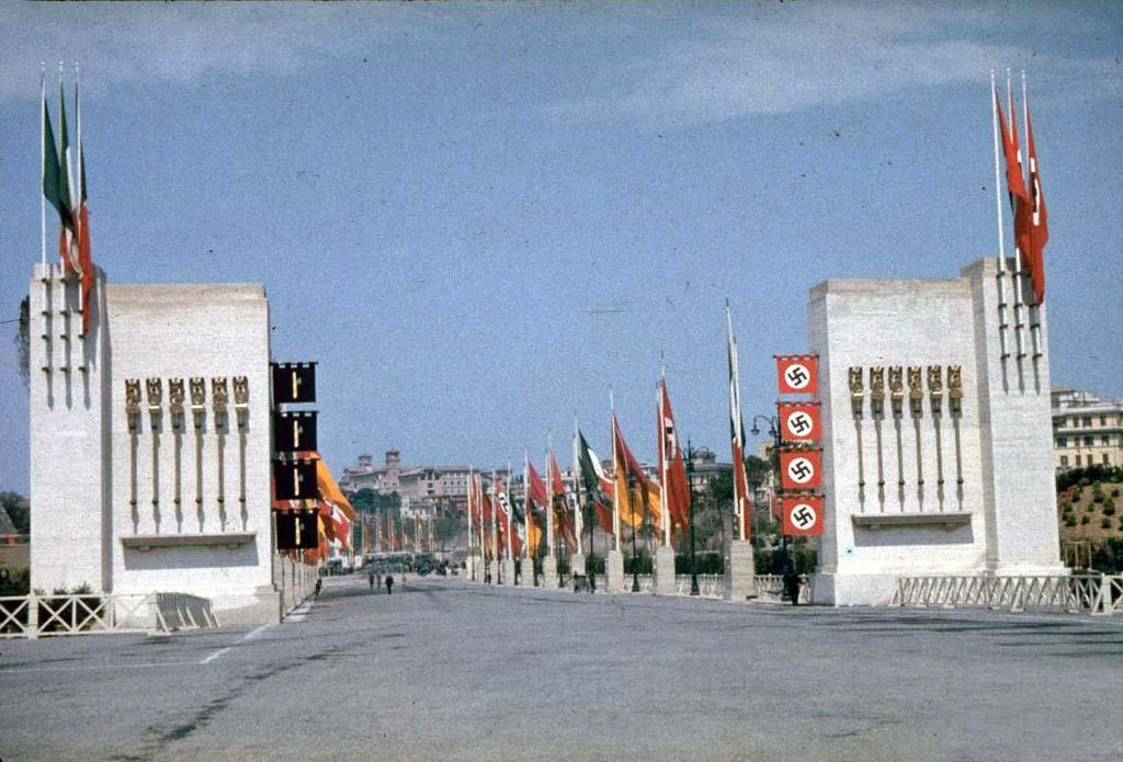 Italy 2 Италия 1938 г. на цветных фото