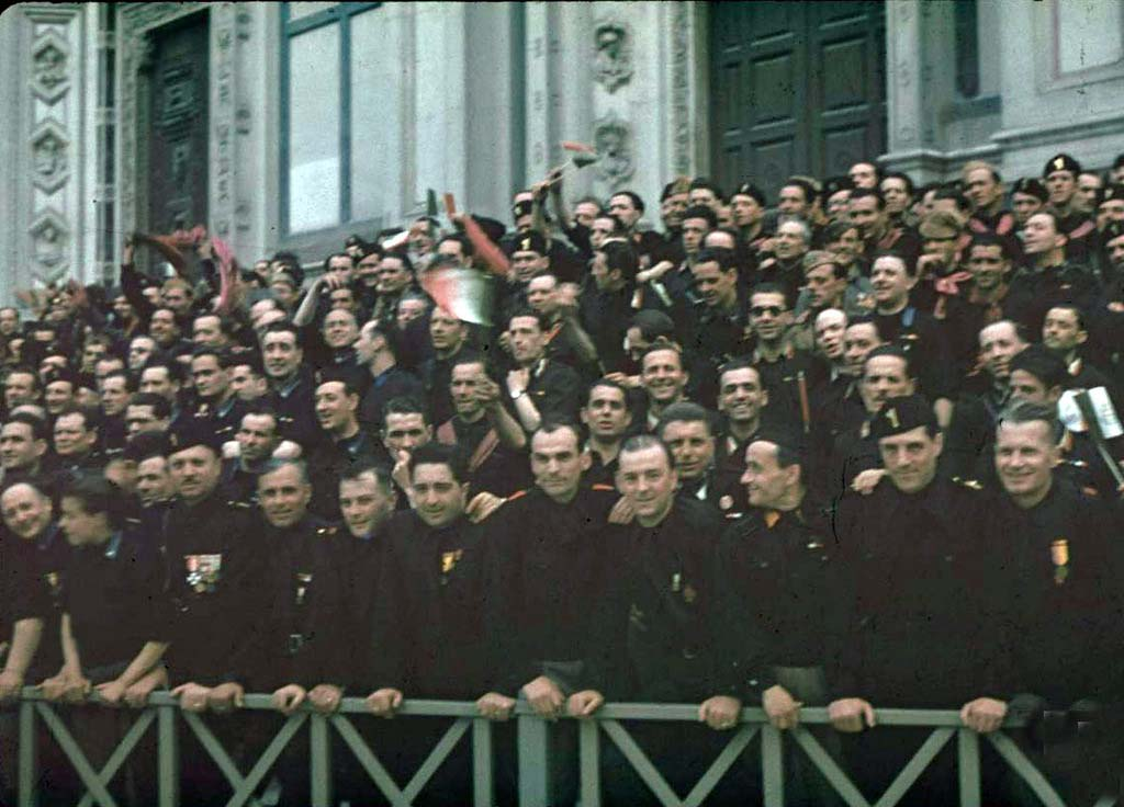 Italy 21 Италия 1938 г. на цветных фото