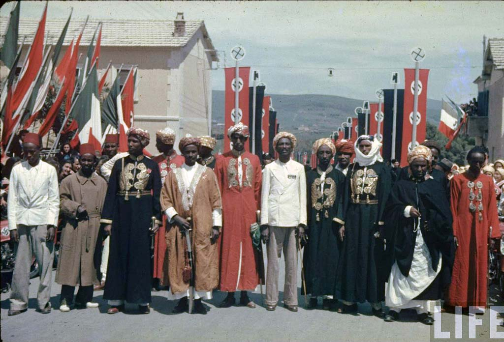 Italy 25 Италия 1938 г. на цветных фото