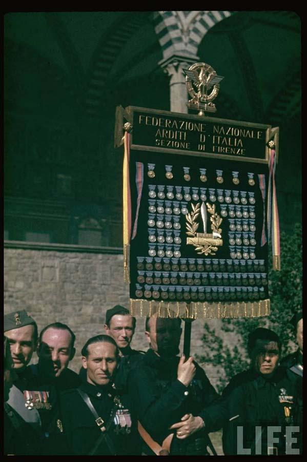 Italy 5 Италия 1938 г. на цветных фото