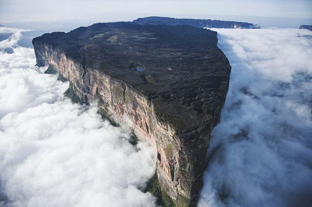 Mount Roraima 1 Загадочная и прекрасная гора Рорайма