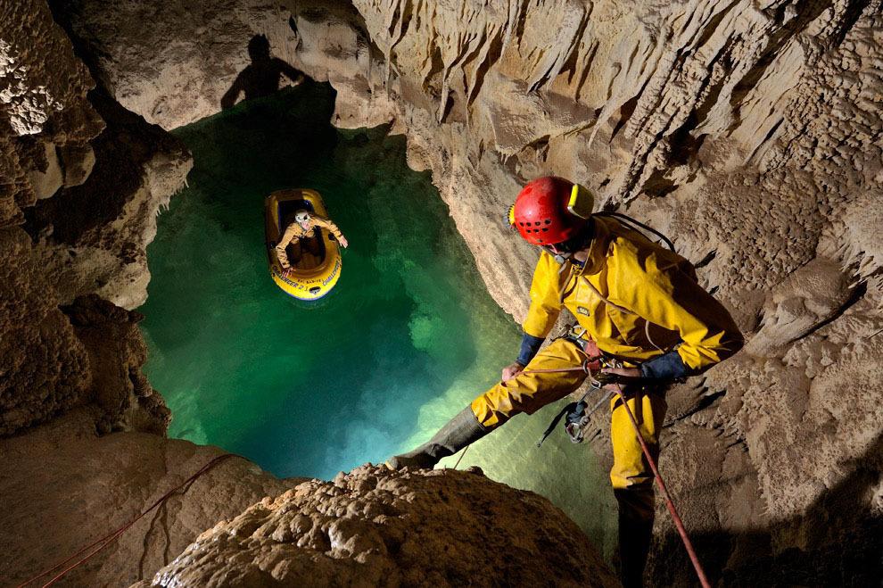 Robbie Shone 7 Спуск в одну из самых глубоких пещер мира
